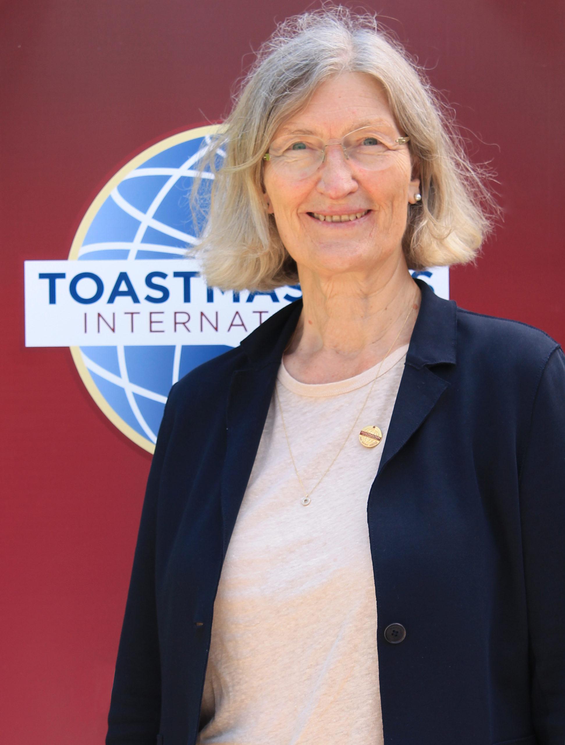 Elizabeth Smith, DTM
